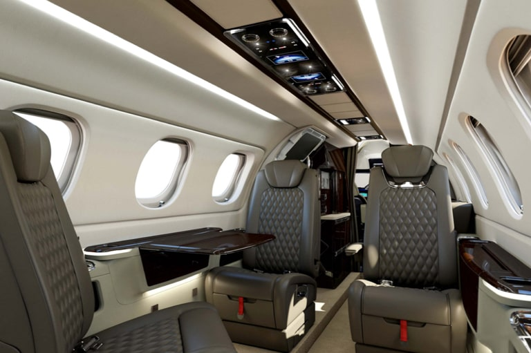 interieur-phenom-300e